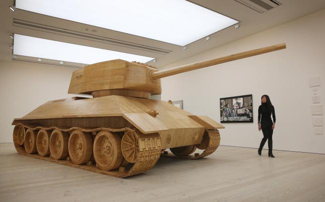 Как сделать своими руками танки из дерева видео