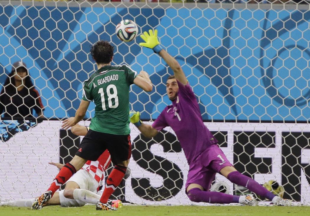 e7ed880013a Evergreen Rafael Marquez helps Mexico edge out Croatia — but it's ...