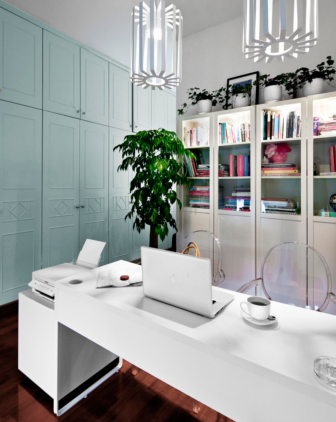 Comfort zone post magazine south china morning post - Master bedroom study table ...