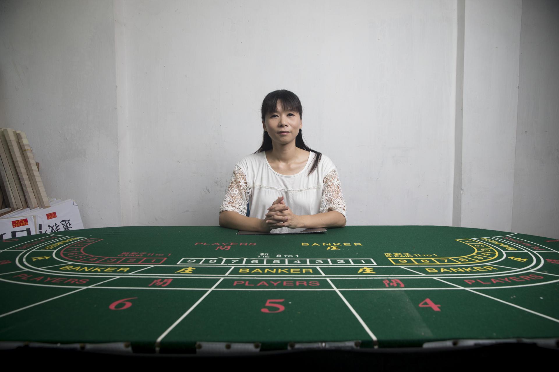 Casino dealer wages - Borderlands 2 slots