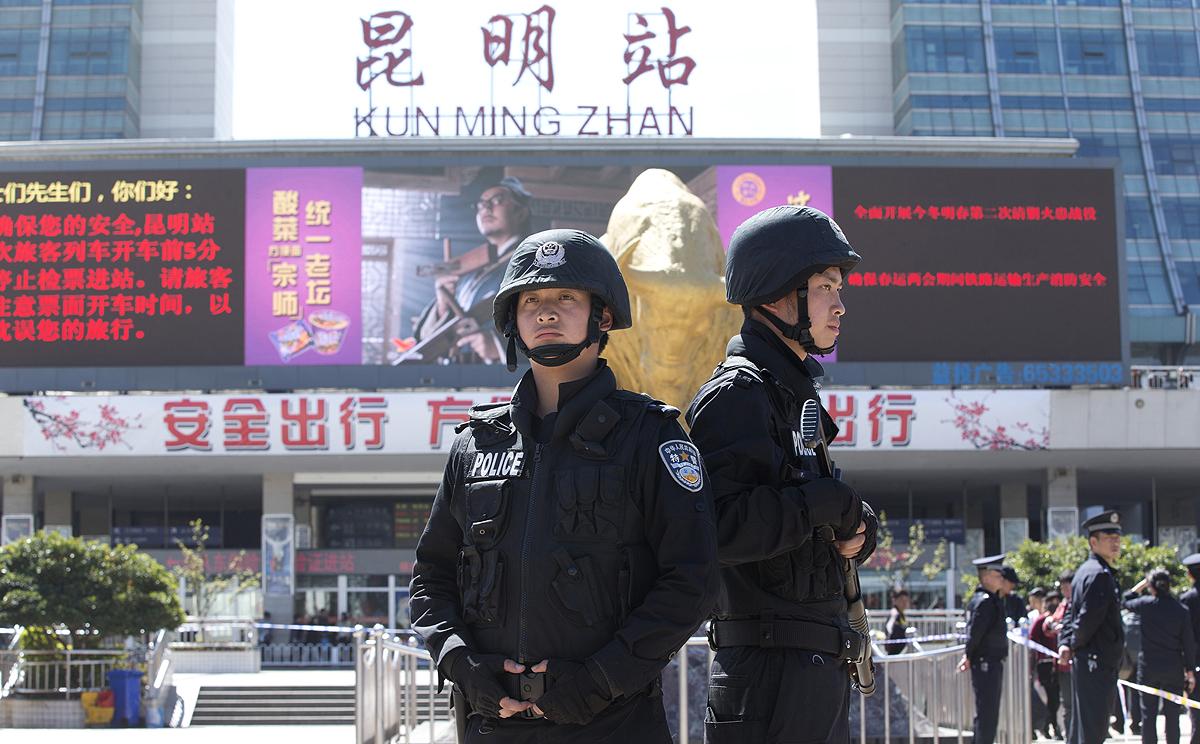 Image Gallery kunming railway station china