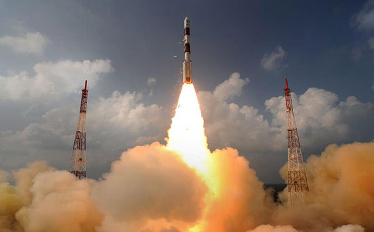 India's low-cost Mars mission enters last lap as spacecraft prepares to enter orbit