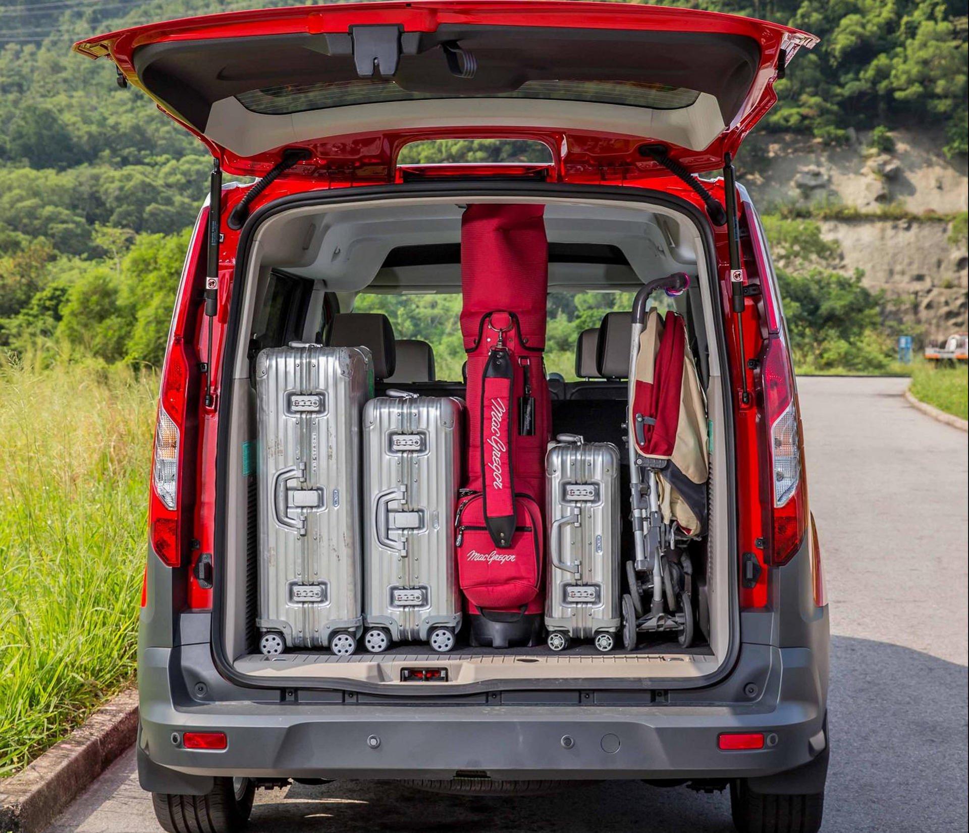 Minivan Minivan Cargo Space