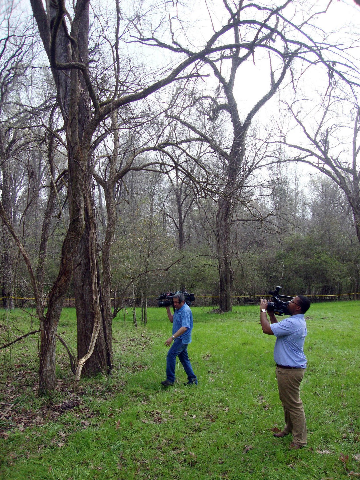 Discovery of hanged black man in Mississippi raises questions about