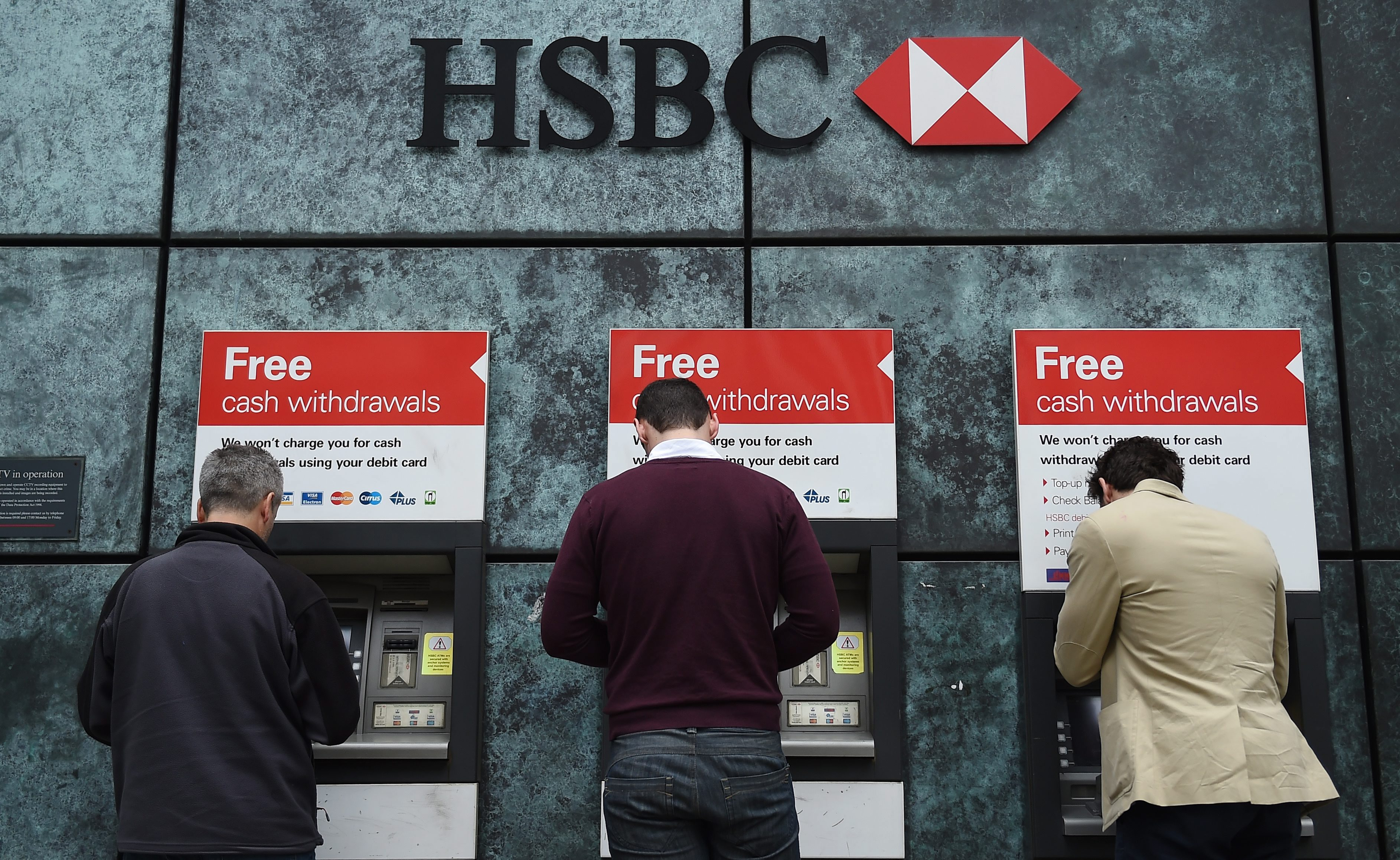 Hsbc considers departure from britain as leaders face resignation hsbc thecheapjerseys Gallery