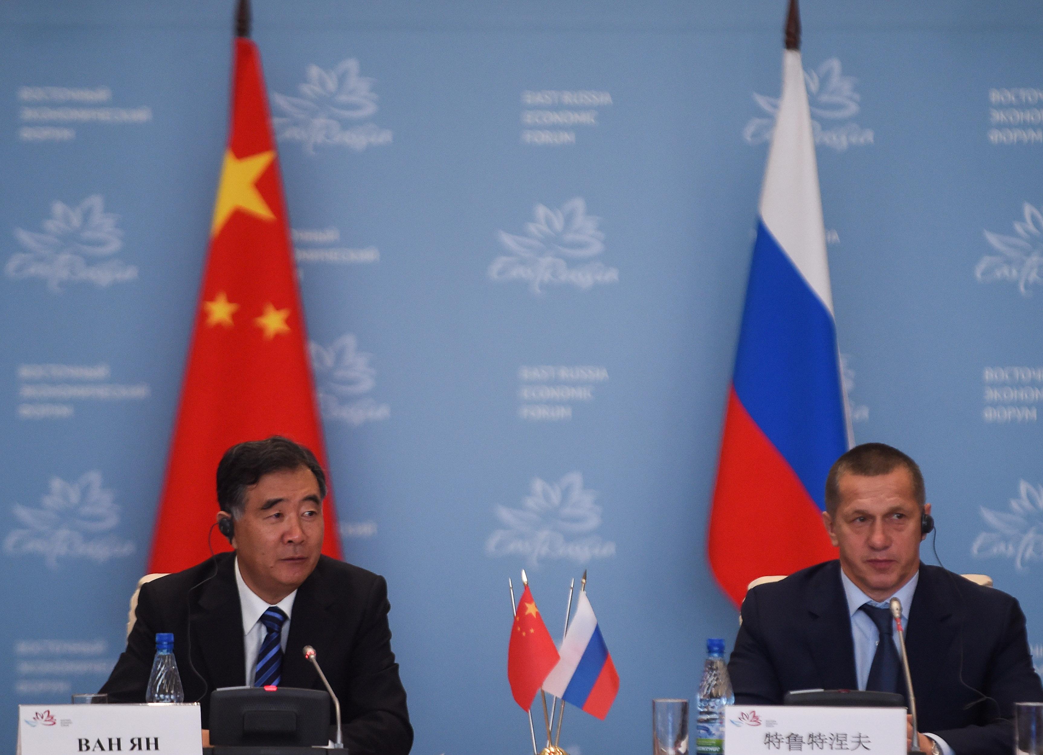 Xi Visits Russia Tpbje