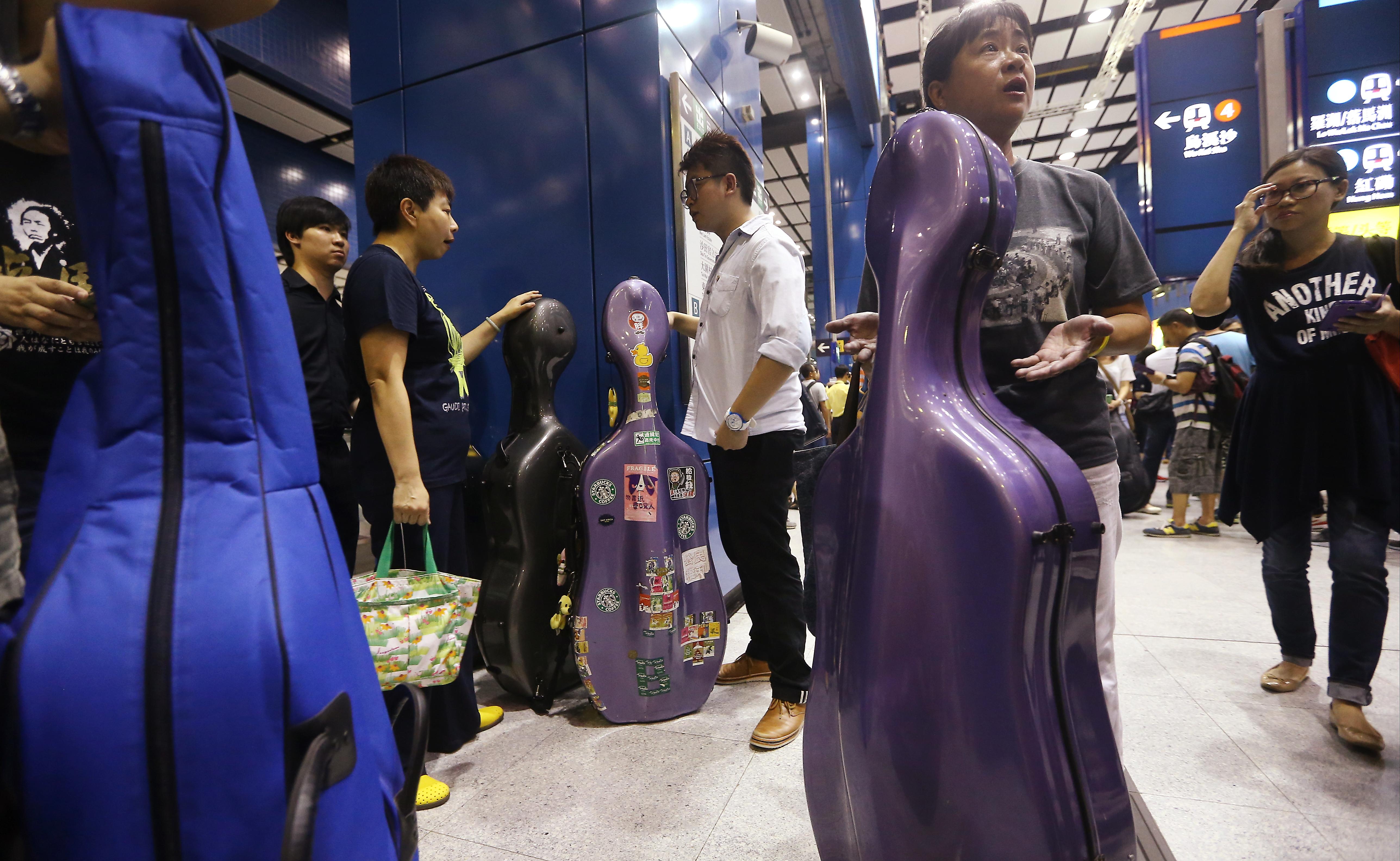 Evening dress hong kong metro