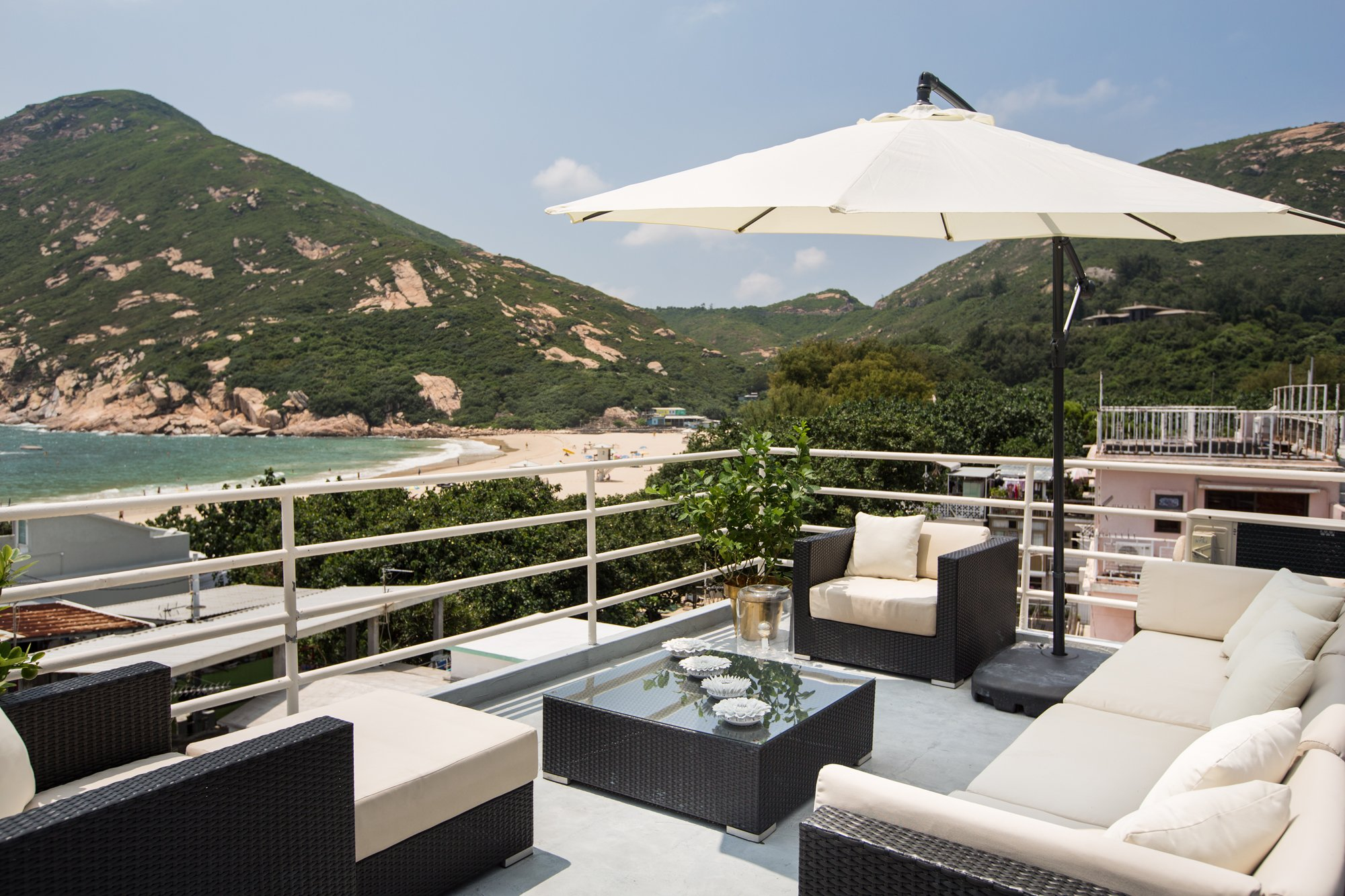 Shelly hayashi s hong kong home reflects her passion for for Outdoor furniture hong kong