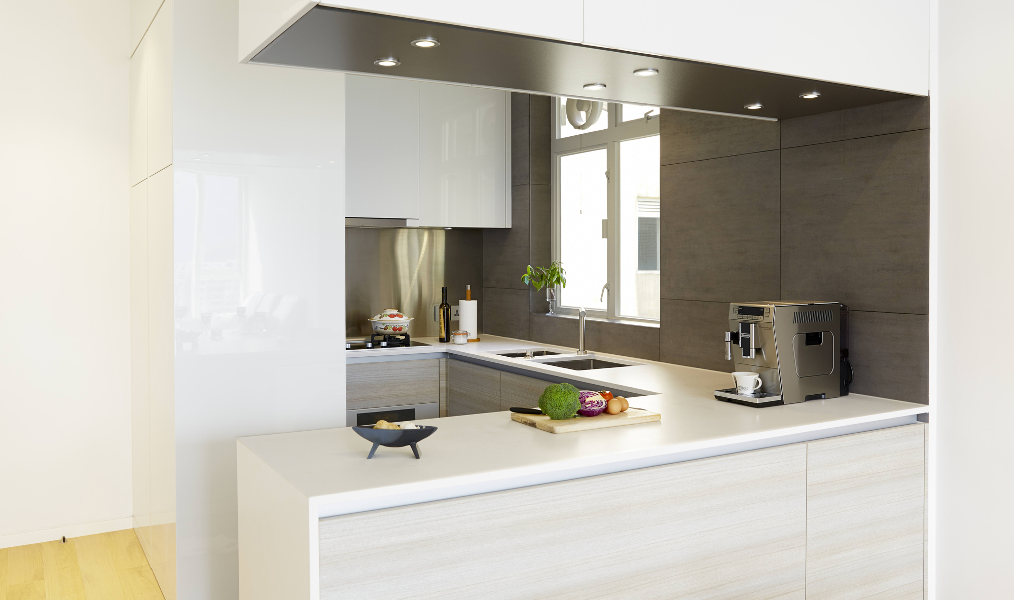 Kitchen The Cabinetry (HK$75,000) Was Made By Chevalier (3/F, Chevalier  Engineering Service Centre, 21 Sheung Yuet Road, Kowloon Bay, Tel: 2111  4725) And ... Part 52
