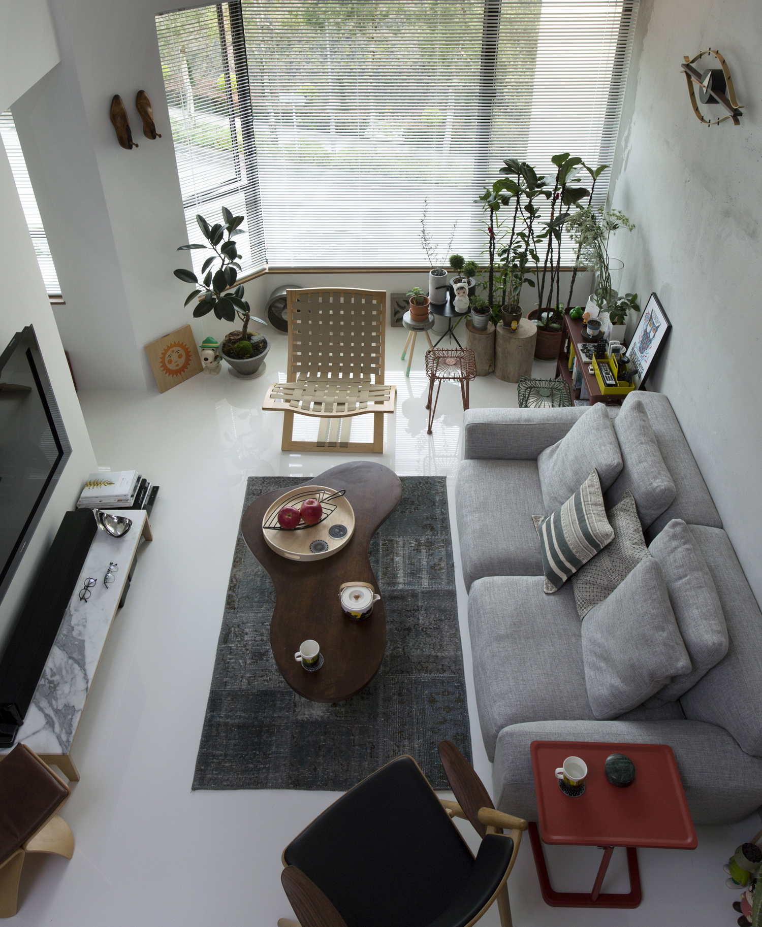What A Hong Kong Interior Designer's Home Looks Like