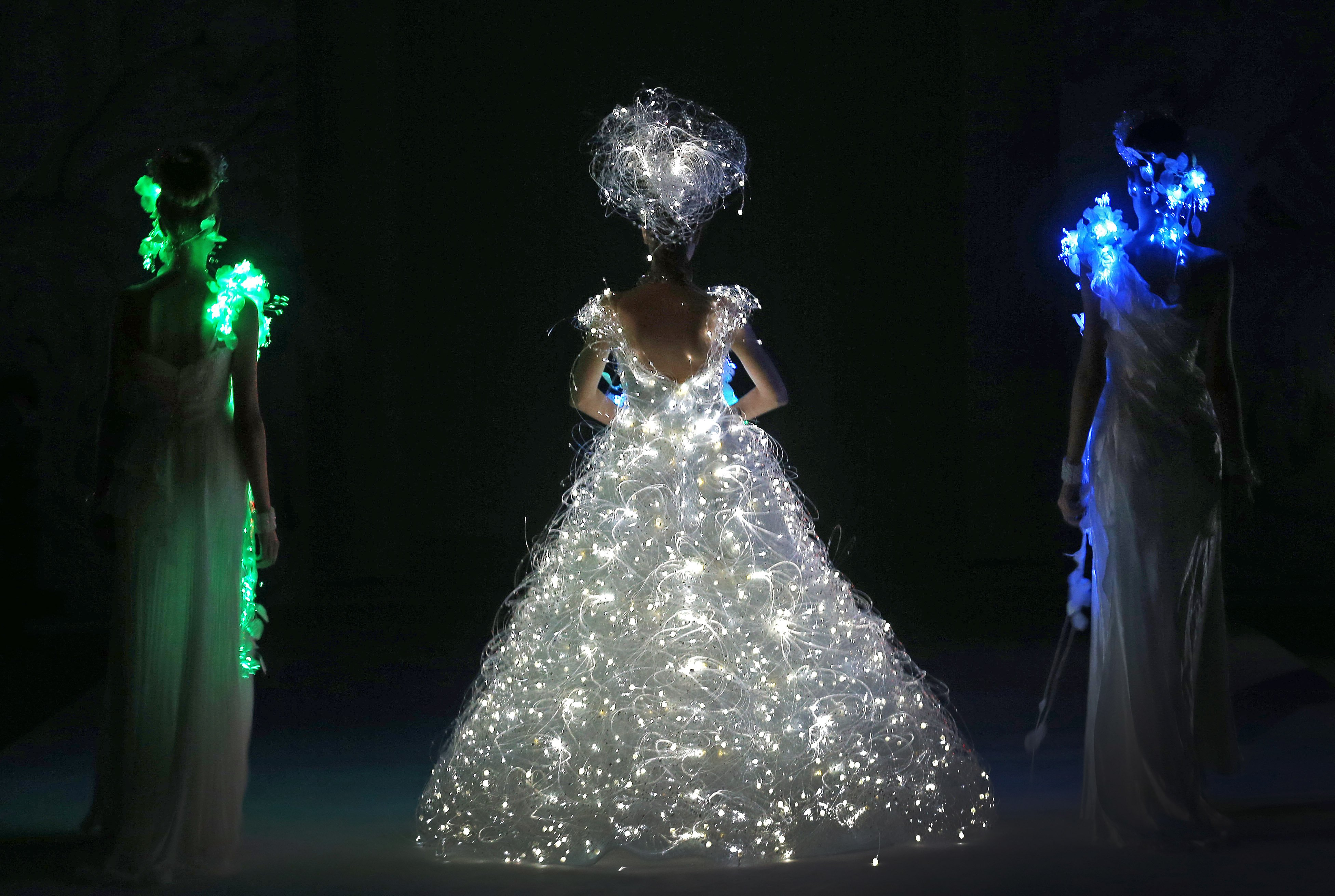 Photos south china morning post for Wedding dress with lights