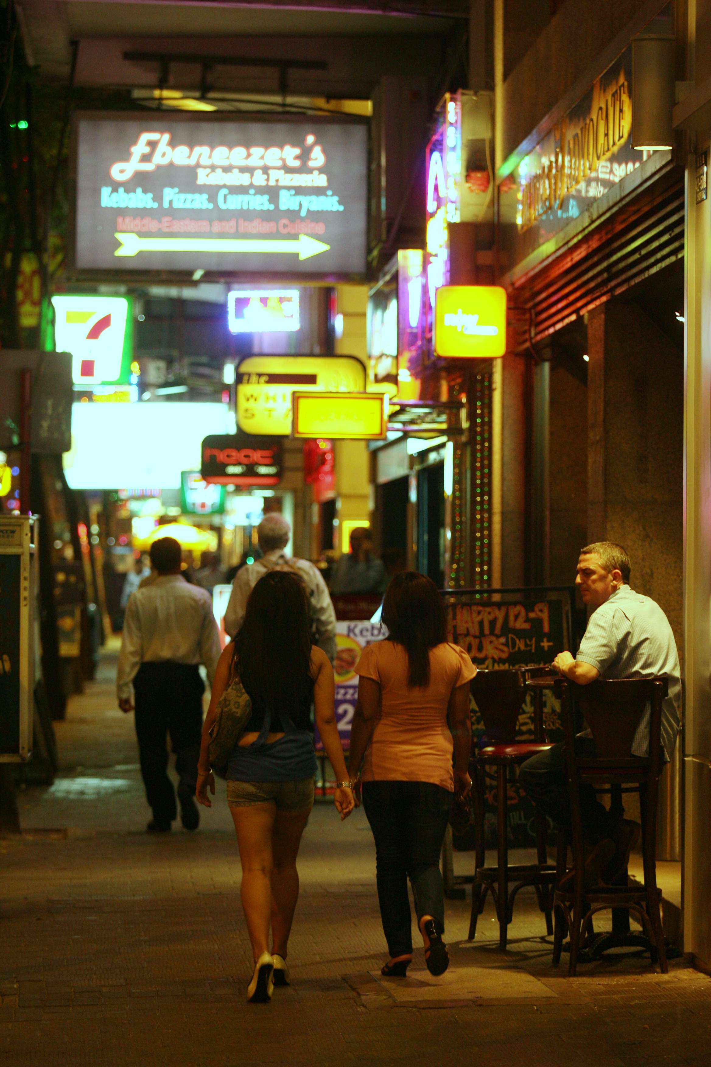an estimated 600 000 people visit wan chai daily for work or