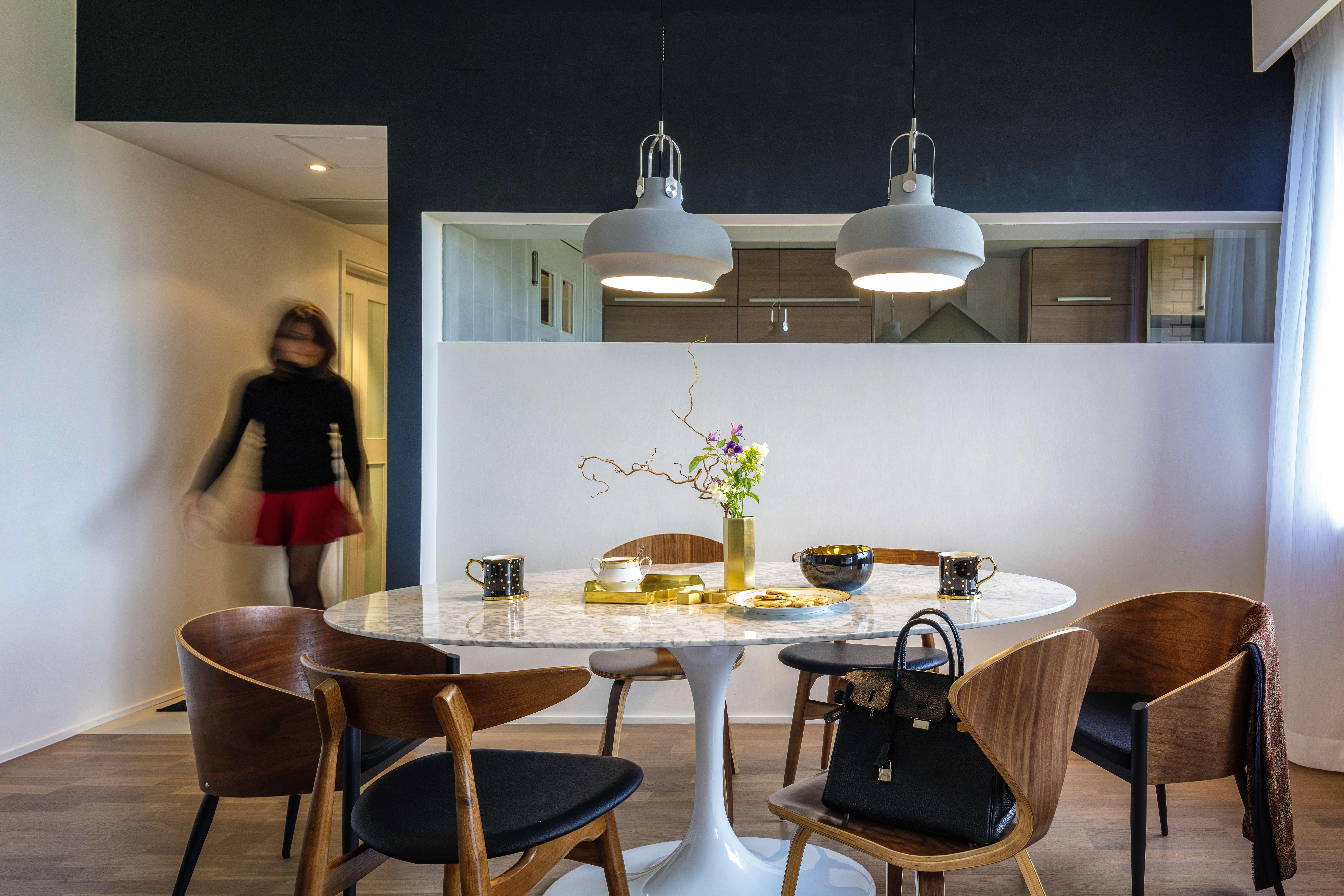 Lovely designer dining table hk light of dining room for Dining room hong kong