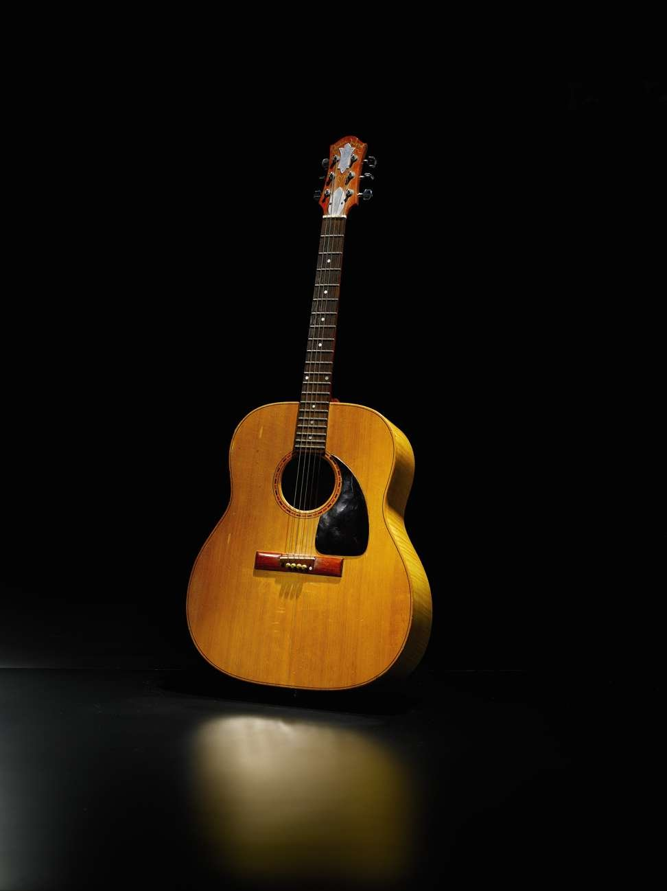 9160 Ronnie Wood Zemaitis Acoustic Guitar Played For Decades By Lot 129 Photo From Sothebys