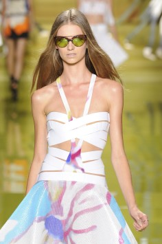 135b8df27e47 Spring-summer 2014 fashion trends are all about confidence and power ...