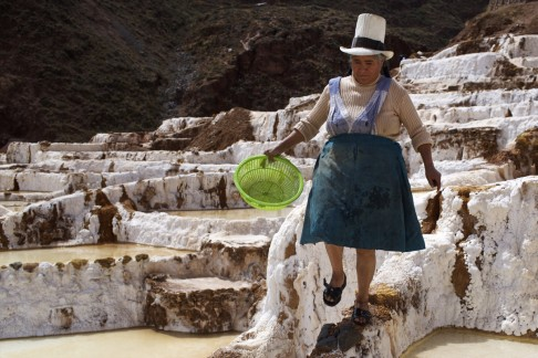 Αποτέλεσμα εικόνας για peru maras salt lake