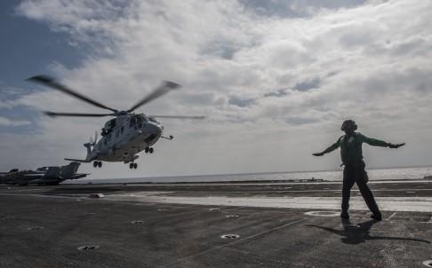 navy_.jpg