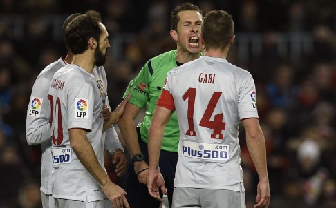 Referees are judged harshly, especially when they make a wrong call, but it's important to recognise when the referee is genuinely at fault. Photo: AFP