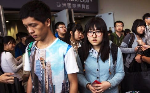A total of 31,195 mainland Chinese students entered postgraduate programmes in England. Photo: Reuters
