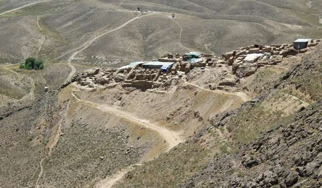 copper city buddhist dating site Archaeologists are only beginning to find remnants of an older 5,000-year-old bronze age site beneath the buddhist  the presence of copper at mes aynak has.